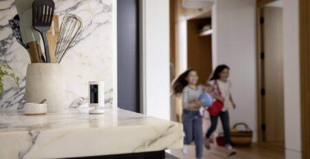 Kamera monitoringu Ring Indoor Cam Wifi Full-HD (8SN1S9-WEU0)